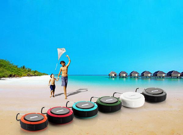 Waterproof Pool Floating Bluetooth Speakers (48).jpg