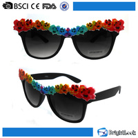 Hot sale fashionable bulk buy wholesale flower decoration fancy pc sunglasses