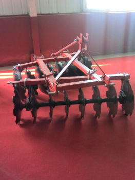 Professinal factory supply disc harrow tractor