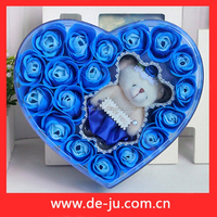 Buy newly married couple wedding return gift in China on Alibaba.com