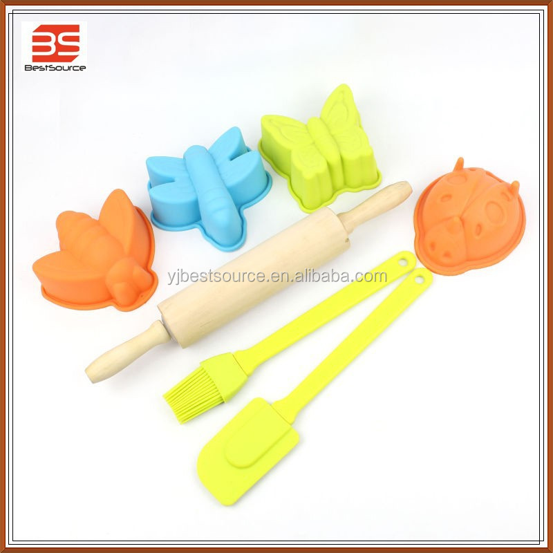 food grade quality kids silicone baking set/cake baking tools