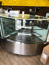 Refrigerated cake display cabinet/refrigerated cake showcase/cake display fridge