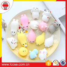 2017 wholesales cute soft plastic rubber Mochi Squishy animal toys for kids