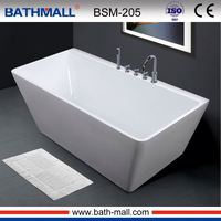 Chinese supplier low price 2017 new style big square freestanding acrylic bathtub