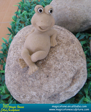 Outdoor stone garden ornaments frog