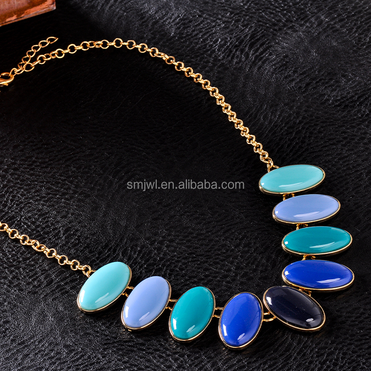 Beautiful Color Fashion Diamond Shape Stone Necklace For Women