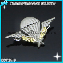 Custom metal pilot wings pin badge with the pin badge maker