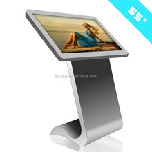 Indoor Application TFT Type Stand Alone Touch Screen With Camera Photo Booth