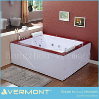 corner free standing massage tub for 2 person