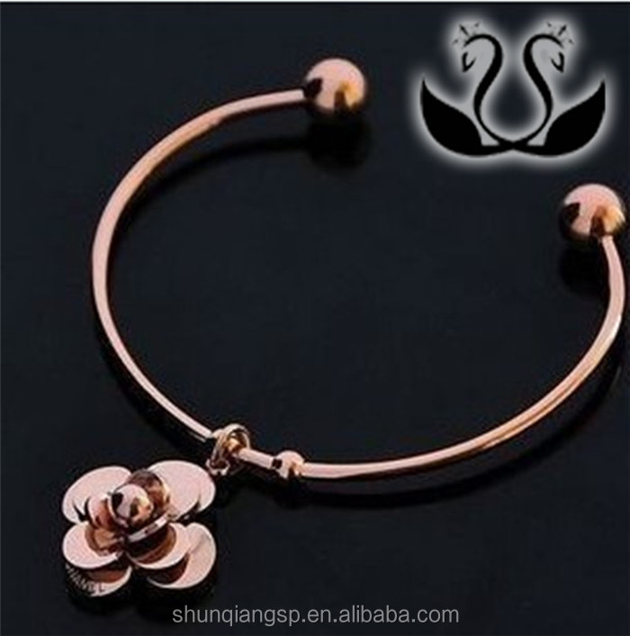 2016 Fashion rose gold girl Bracelet Stainless Steel personality grace Camellia Bracelet