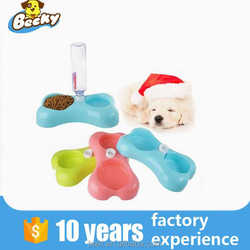 Hot Sale Pet Feeding Bottle Cheap plastic Dog Water Dispenser