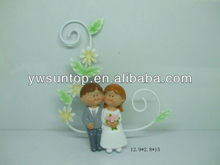 Cartoon wedding couple figure door hanging gifts