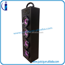 UK-22 wholesales Private America classical new hand-held Colorful flashing bluetooth wood speaker with LED light FM radio
