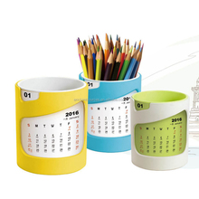 High Quality Plastic Desk Calendar Pen Holder