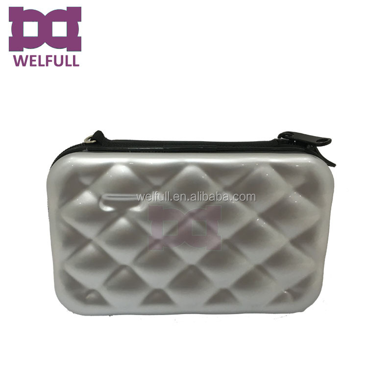 makeup case bag 4.jpg
