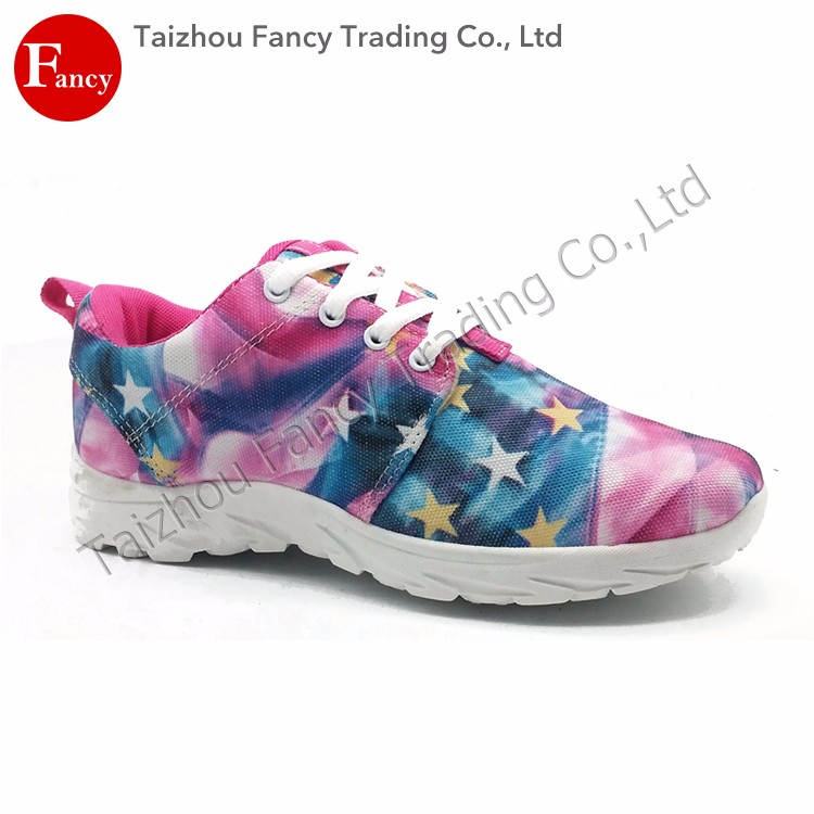 Soft Nice Made In China Small Woman Running Shoes