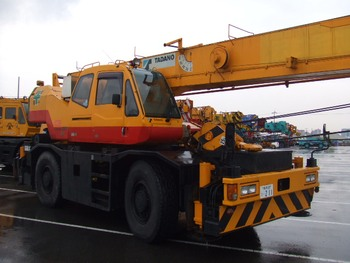 TR-250M-6 25 ton Rough Terrain Crane year 1998