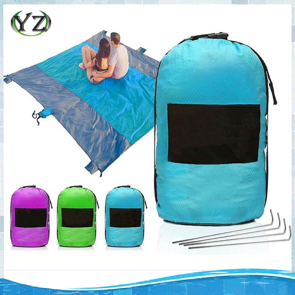 Outdoor Compressed Nylon Sand Free Beach Blanket