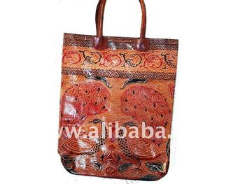 SANTINIKETAN LEATHER BAG