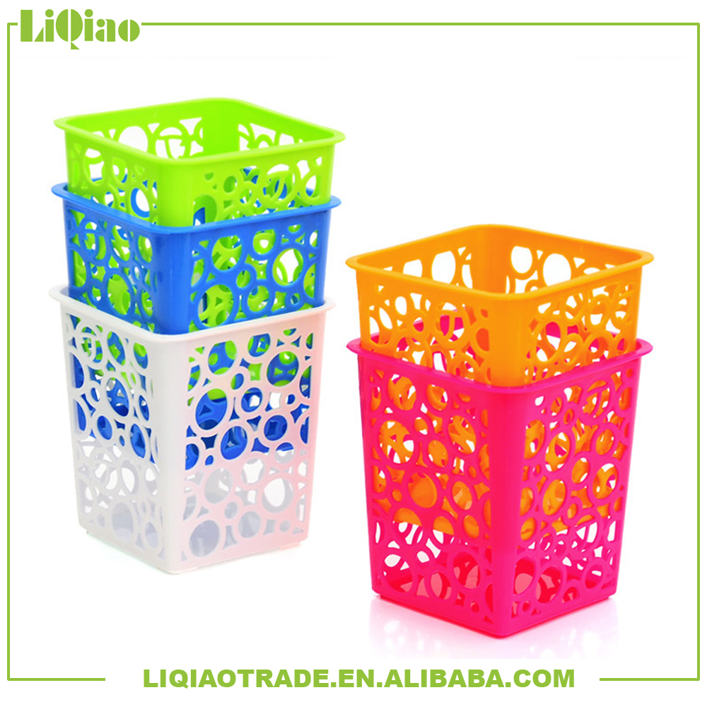 Fashion new type hollow plastic multi function storage baskets /pen holder