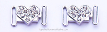 Adjustable heart shaped diamonds design of front closure buckle