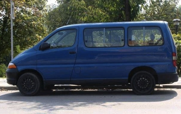 TOYOTA HIACE BUS Left Hand Drive
