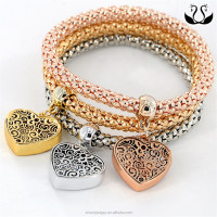 Fashion Accessories Women Hollow Heart Shaped
