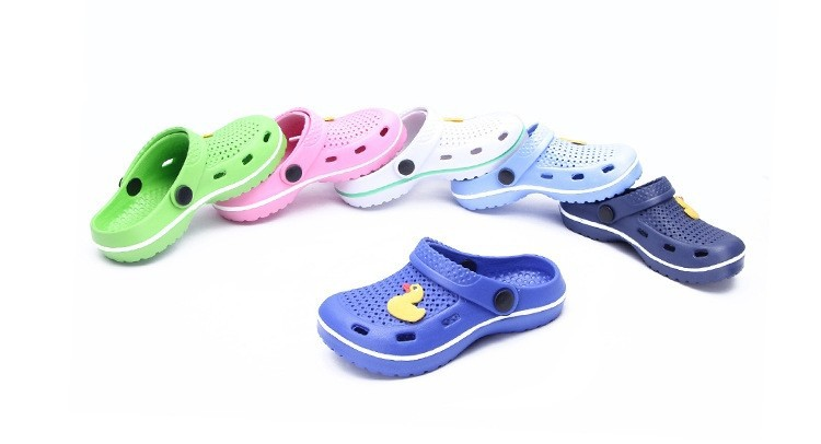 2015 Hoting selling kids shoes yellow duck design children sandals in China