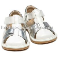 fashion baby squeaky shoes, baby sandals LBL-SD002