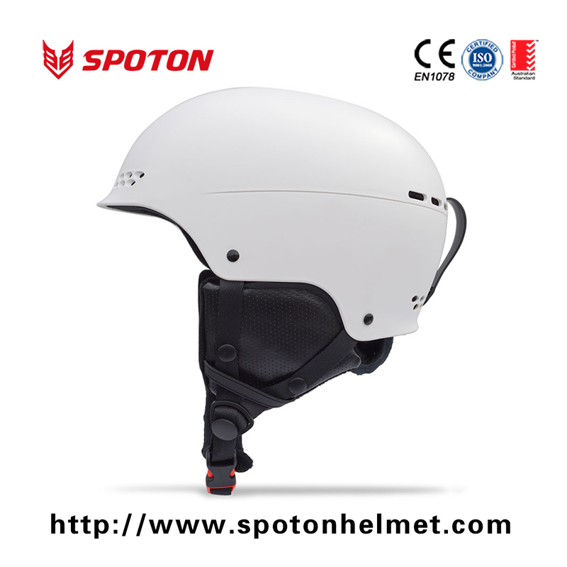 Hot Sale Low Price Custom Abs Shell Red Bull Snow Sports Ski Helmet