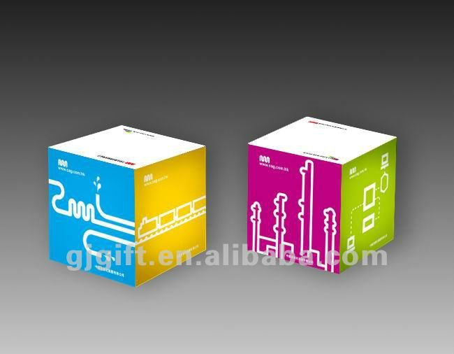 2015 cheap printed standard paper memo cube with pen hole