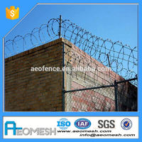 High quality factory galvanized chain link fence