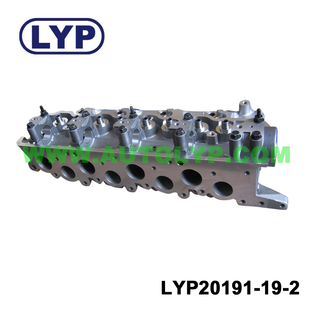 Cylinder Head for engine parts for MITSUBISHI 4D56 4D55 PAJERO L300 CANTER V34 8V MD185922/MD185918/MD109733/MD305542/MD103199/
