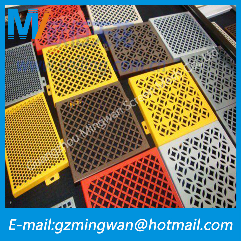 3mm/1mm Hole Galvanized Perforated Wire Mesh / Stainless Steel Decorative Perforated Wire Meshated Metal Mesh