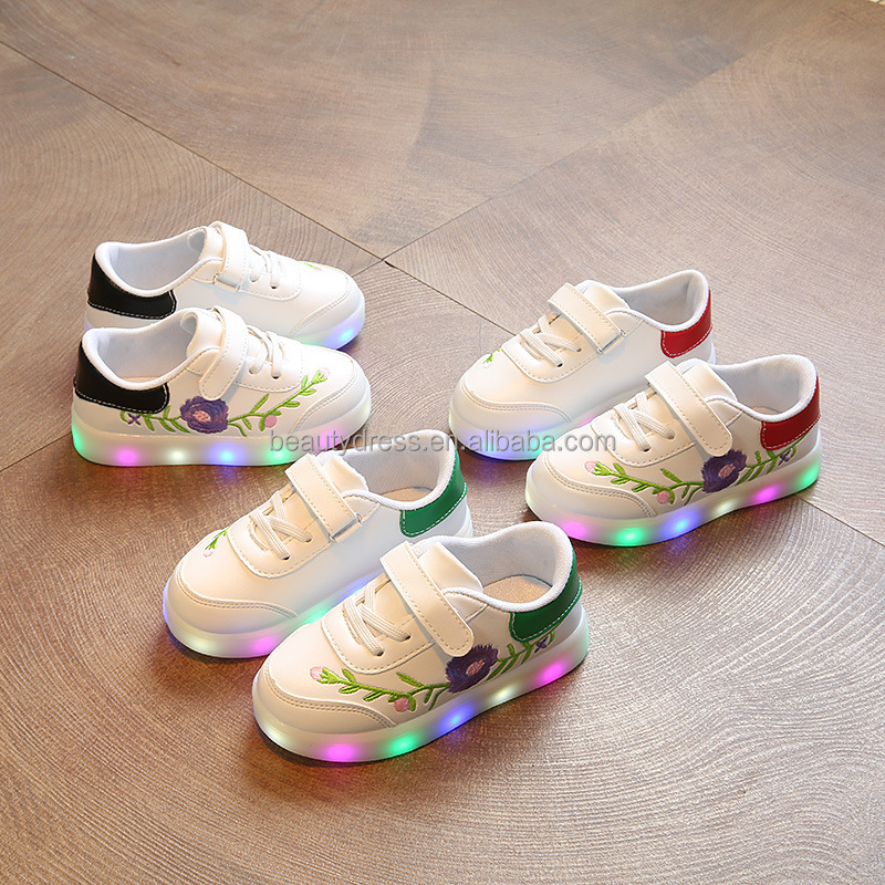 B22689A Hot sale Children Pretty Flower vine light Flashing Colorful LED Shoes