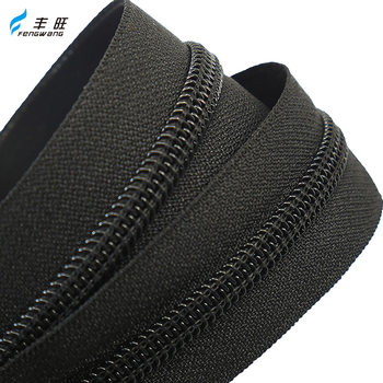 Factory wholesale custom fancy reversible #5 raw black coil long chain nylon zipper rolls for luggage bags