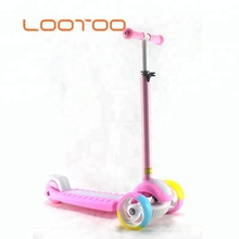 Sport safety kit cute design 3 wheeled mini toy scooter for kids