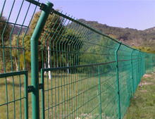 Square Welded Wire Mesh Fencing of Wire Roll Nesh Fence