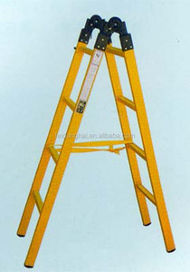 Light weight extension ladder