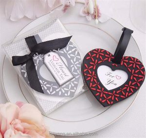 Free Shipping Heart Shape Luggage Tag White and Red Plastic Luggage Tags Party Favors