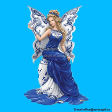 Polyresin/Resin Angel Figurine: Magical Blessing Of Two Lovers Figurine