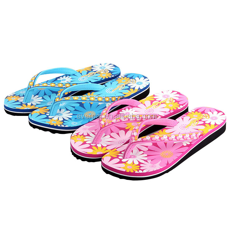 Fashion Ladies New Model Chappals