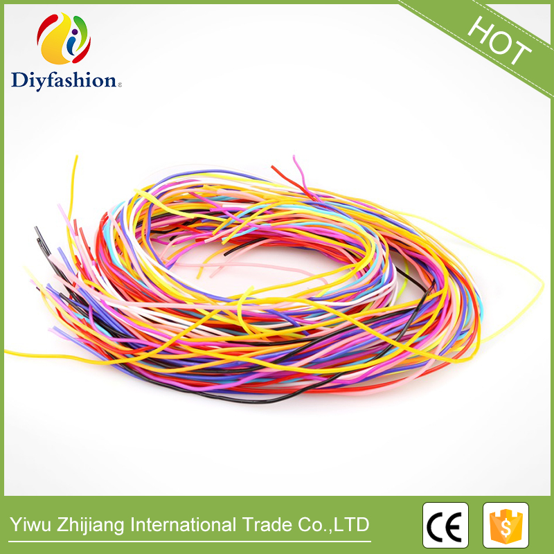 scoubidou colourful strings