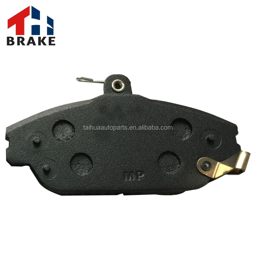 ak brake pad with clips made of ceramic raw material in top quality