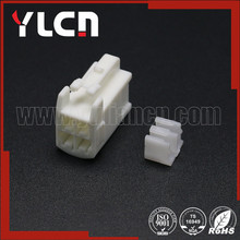 YLCN Factory price High Quality 4 pin female electrical wire connector auto plug DJ7042A-2.2-21