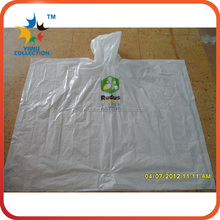 disposable PE cheap rain poncho /rain poncho with logo/poncho with ball