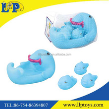 Interesting cartoon animal family dolphin bath toy with whistle