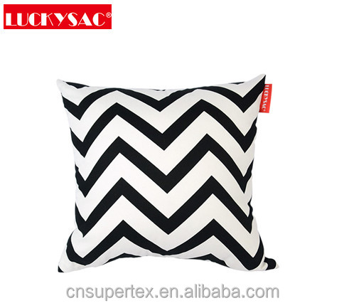 Fashion canvas printing pillow cushion patio cushion filled with fiber