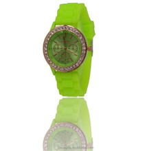 Wholesale high quality Geneva quartz silicon watch with fashion rhinestone