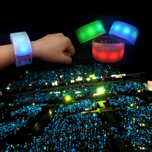 2018 new Programmable Remote Radio Controlled Led Bracelet DMX RGB Color, Light Up Wifi Control Wristband